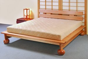 Platform Bed Frame 140 + Large Ball Set